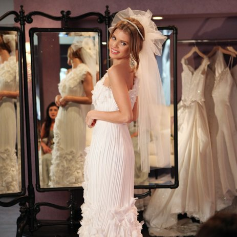 Naomi's Wedding Dress on 90210