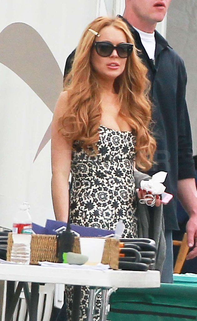 Lindsay Lohan hung out on the Glee set in LA.