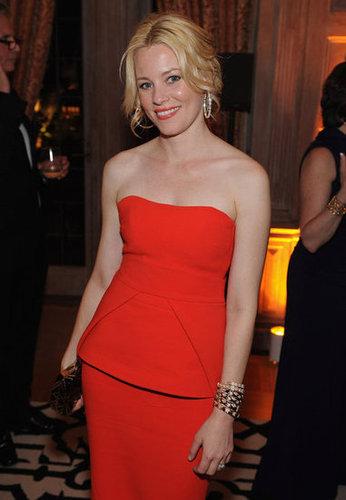 Elizabeth looked elegant in red.