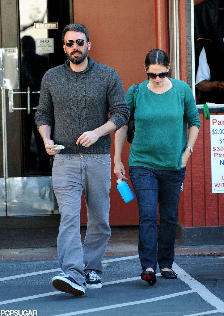 Ben Affleck and Jennifer Garner both wore sweaters while running errands together in LA.