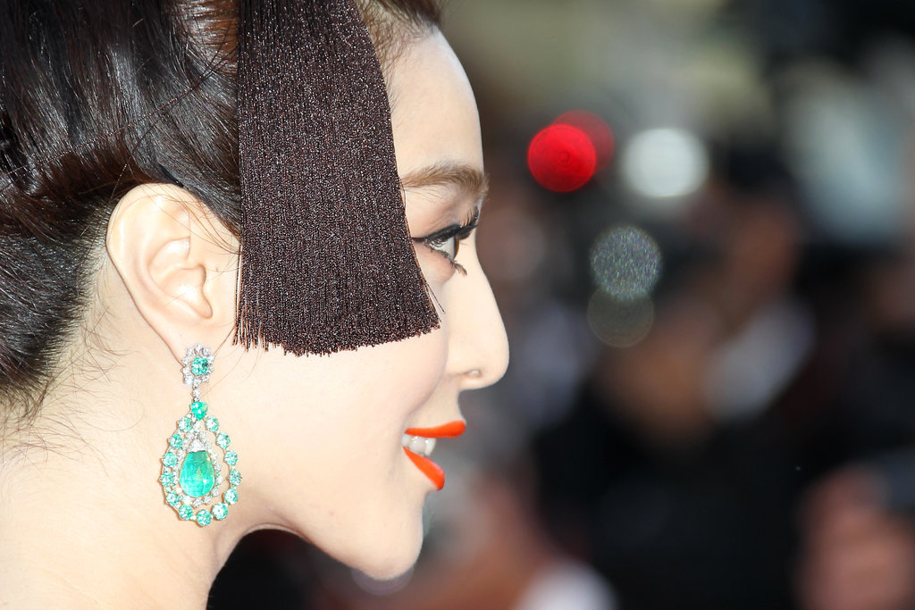 Fan Bingbing's emerald drop earrings were the most glamorous kind of detail.