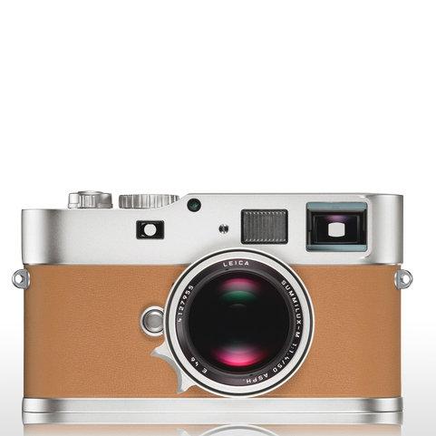 Hermes Leica Camera