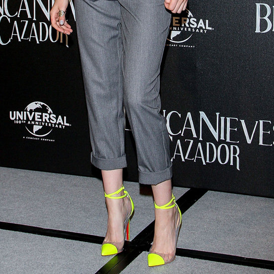 Kristen Stewart in Neon Yellow Pumps