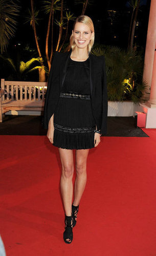 For the IWC Filmmakers dinner, Karolina Kurkova wore a slick LBD and black gladiator-style sandals, and to top it off, she added a structured black blazer.