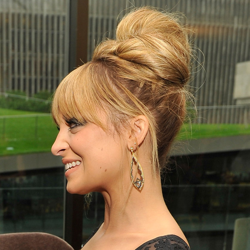 Brown finished the look with a spritz of L'Oréal Elnett Extra Strong Hold Hair Spray ($7) for a soft but sturdy hold.