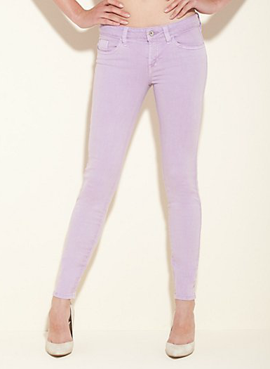 Guess Brittney Ankle Skinny Jeans in Lilac ($98)