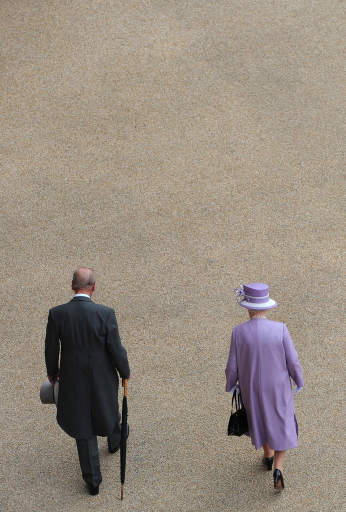 The Queen wore purple to the event held in her honor.