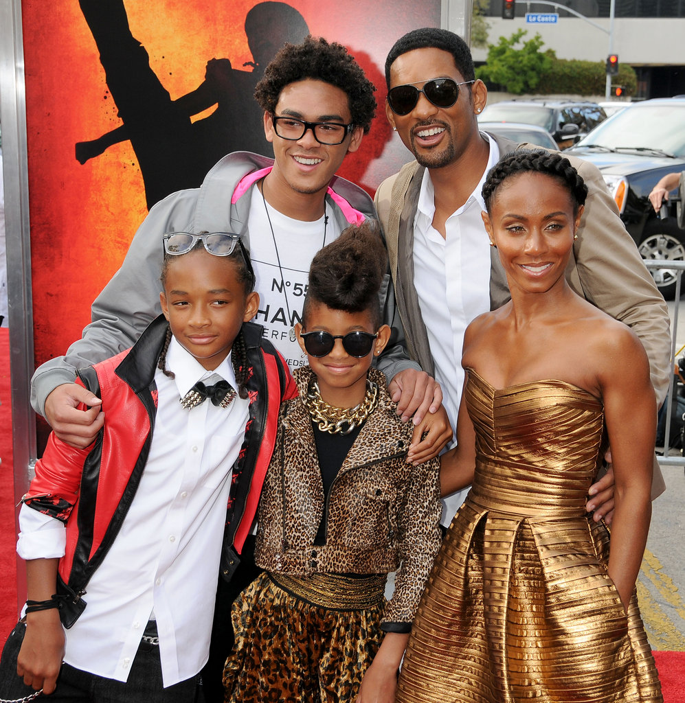Proud pap Will Smith posed with his kids, Trey, Jaden, and Willow, at the March 2010 Kids' Choice Awards in LA.