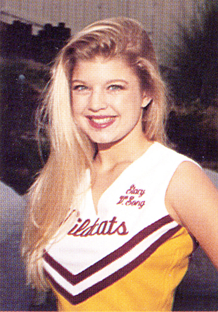 Fergie rocked a cheer uniform.