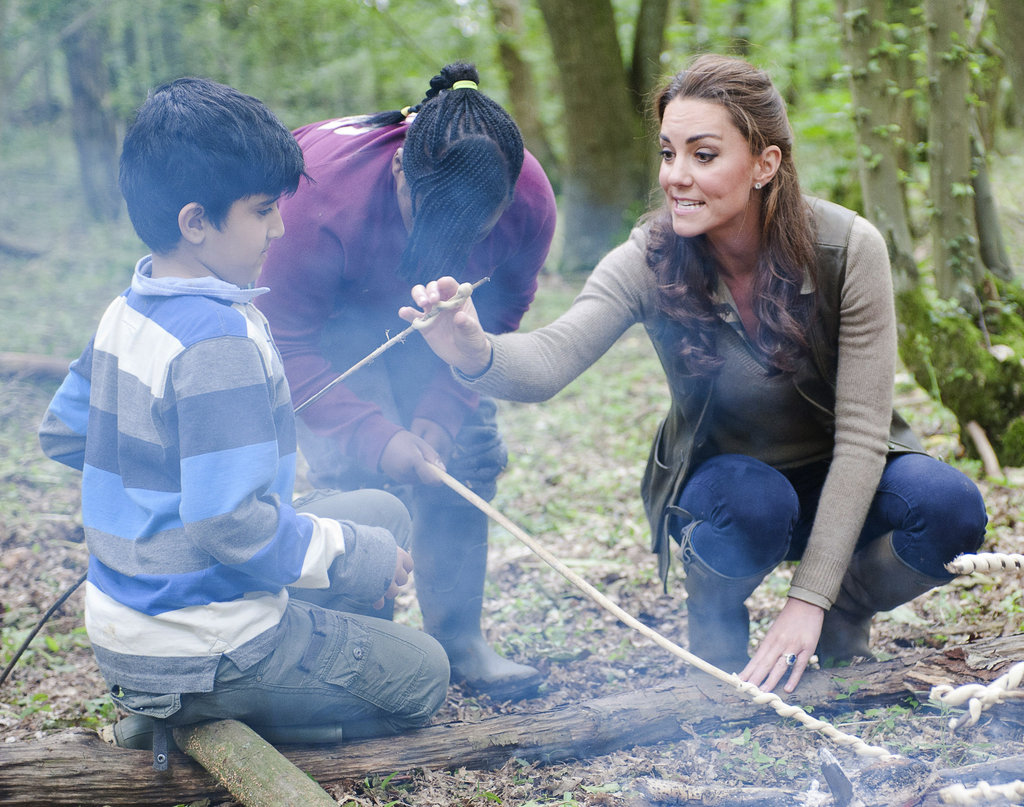 Kate Middleton helped out with children from Expanding Horizons primary school outdoor camp.