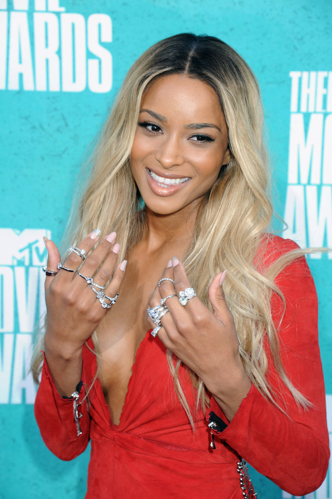 Ciara had her hands full — really — at the MTV Movie Awards. She made a serious statement in an assortment of silver stacks, two-finger rings, and chains.