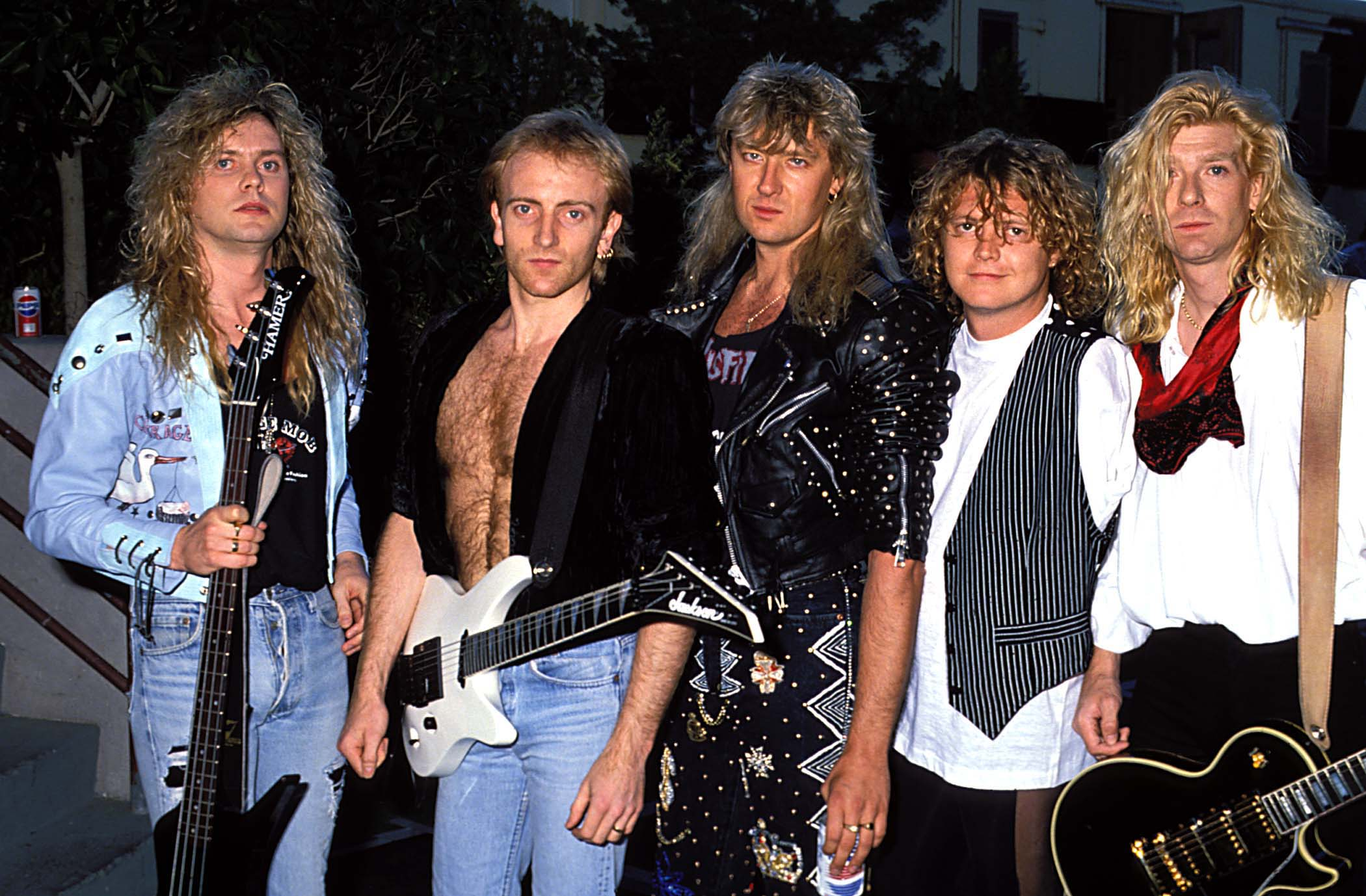 Def leppard 1989 attention groupies hair raising hotties from 80s