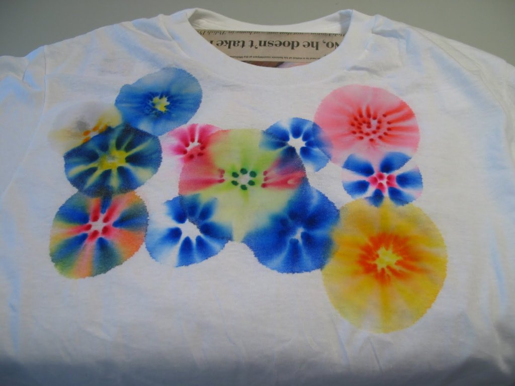 Make These: Fireworks T-Shirts