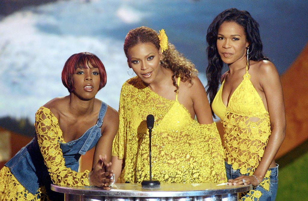 Beyoncé Knowles shared the stage with her fellow Destiny's Child members, Kelly Rowland and Michelle Williams, for the Teen Choice Awards in 2001.