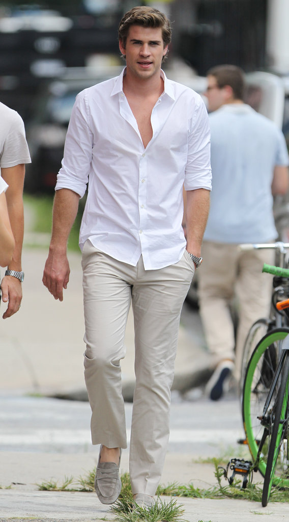 Liam Hemsworth on Paranoia Set Pictures | POPSUGAR Celebrity