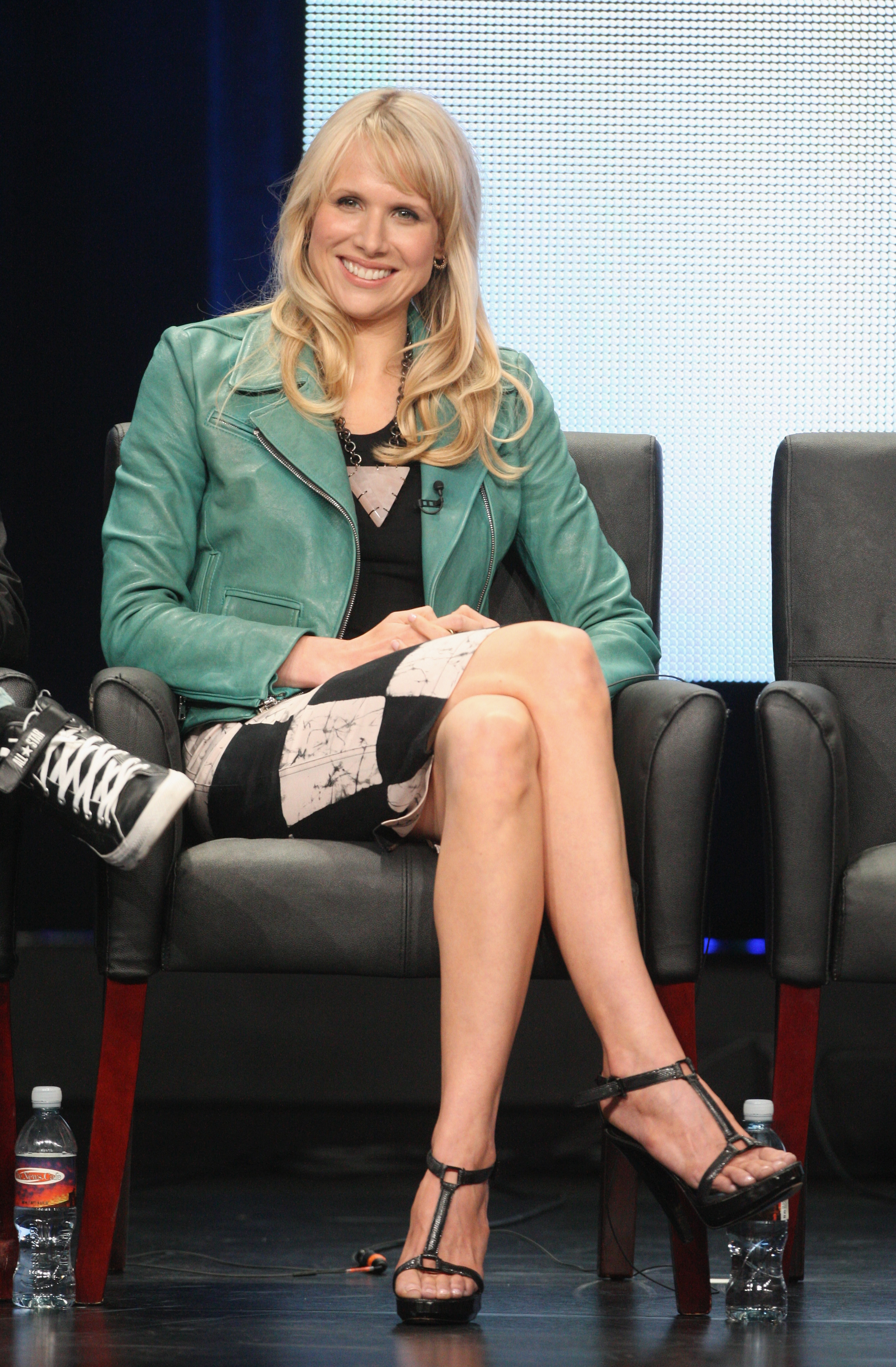 Lucy Punch entertained the crowd at Ben and Kate's's 2012 TCA panel.