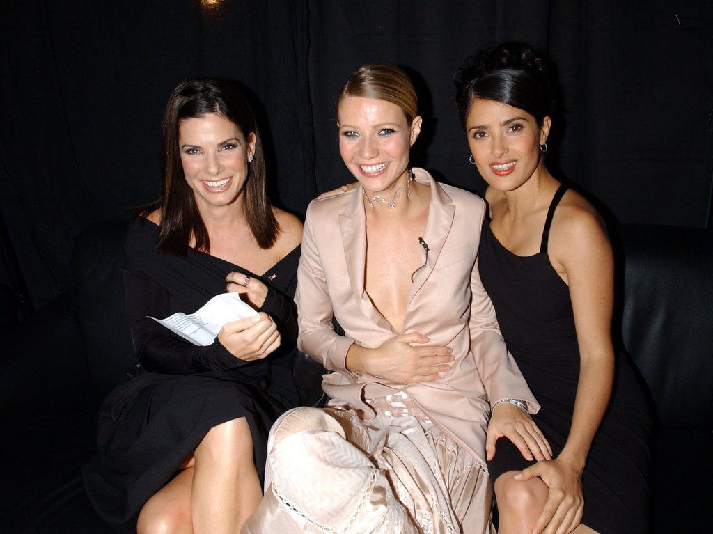 Sandra, Gwyneth Paltrow, and Salma Hayek were all smiles at the 2001 VH1 Vogue Fashion Awards in NYC.