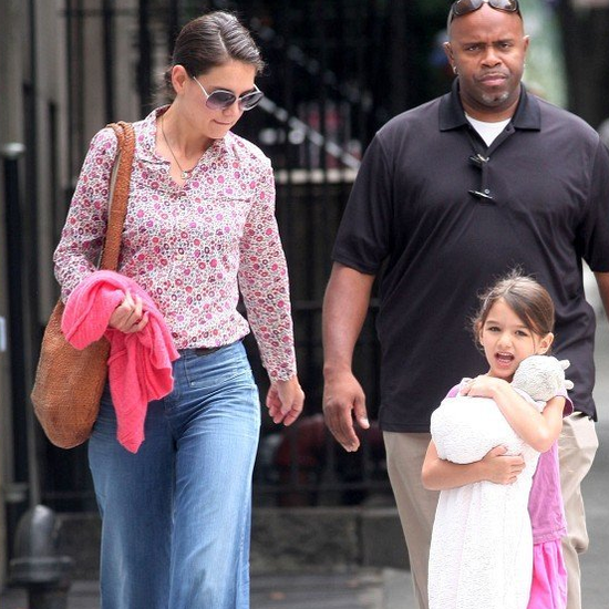 Katie Holmes and Suri Cruise Get Bagels
