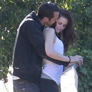 Kristen Stewart and Rupert Sanders Kissing   Pictures