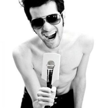 Microphone Hairbrush