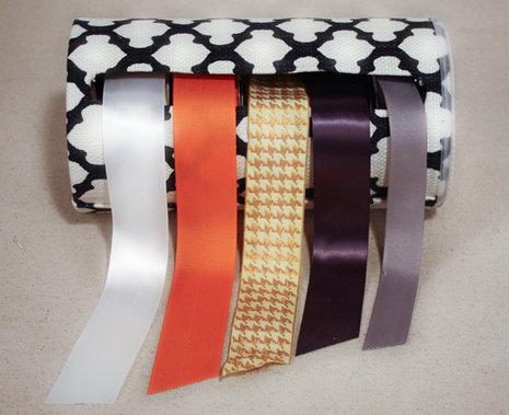 Oatmeal-Box Ribbon Holder