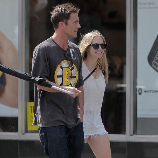 Amanda Seyfried Walking in NYC With New Boyfriend