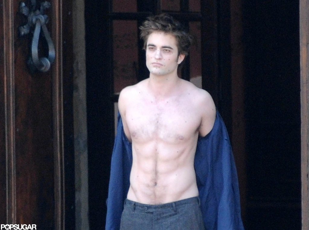 Robert Pattinson brought his shirtless self to the Italian set of New Moon in May 2009.