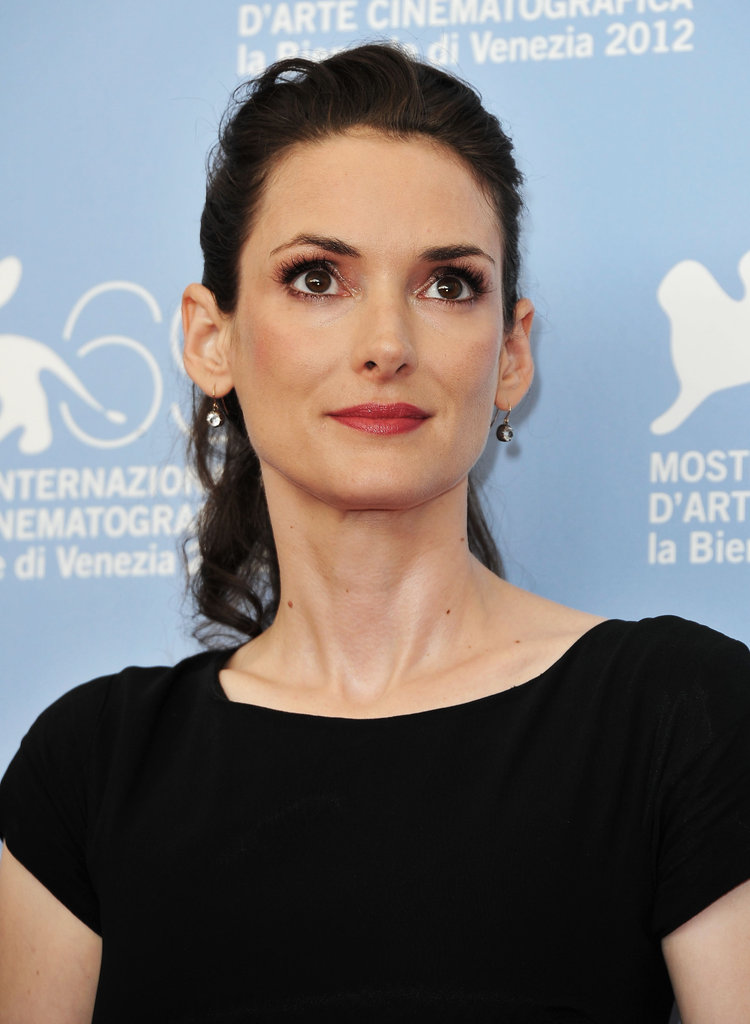 Winona Ryder looked stunning in all black.