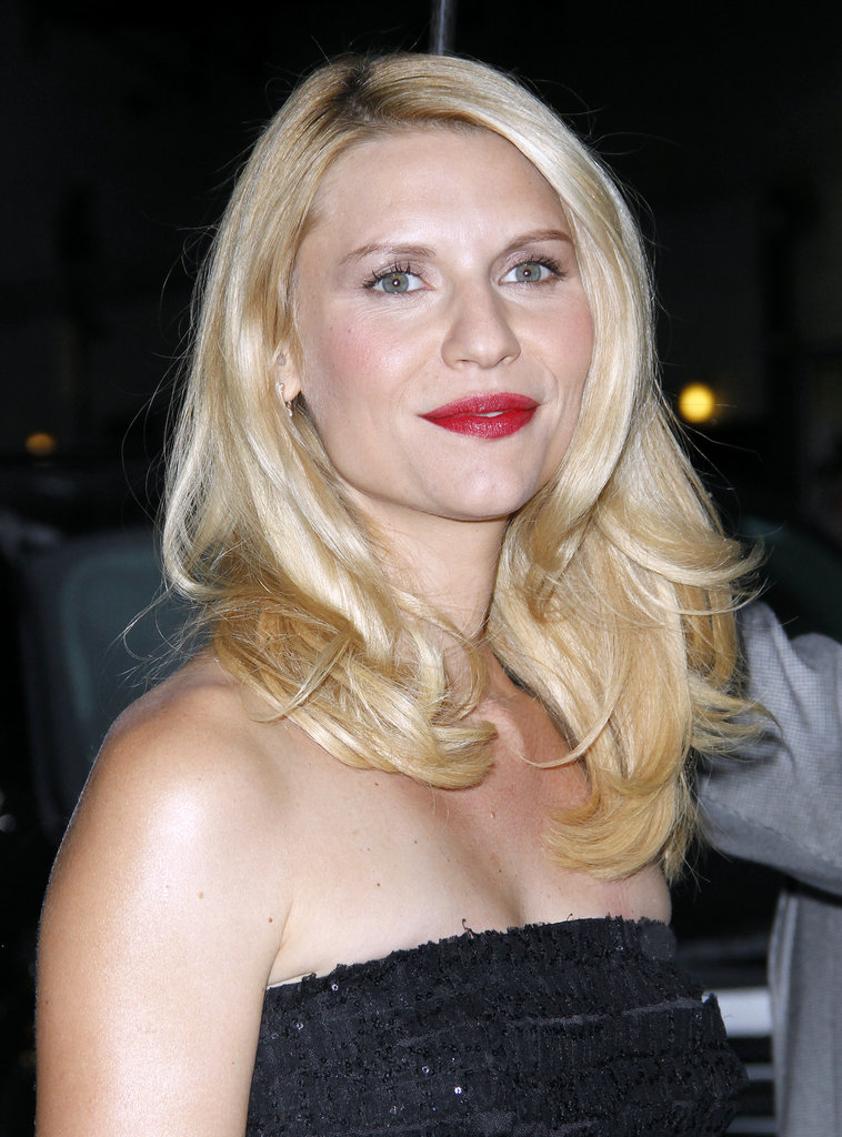 Claire Danes wore bright lipstick to Late Show With David Letterman.