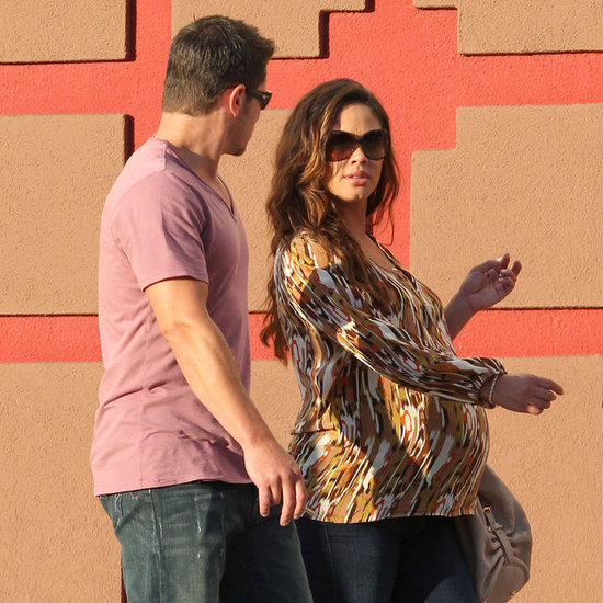 Pregnant Vanessa Minnillo With Nick Lachey