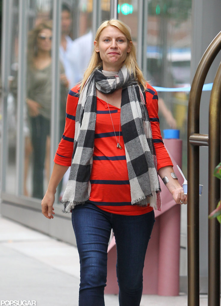 Pregnant Claire Danes Stops For a Sweet Treat in NYC