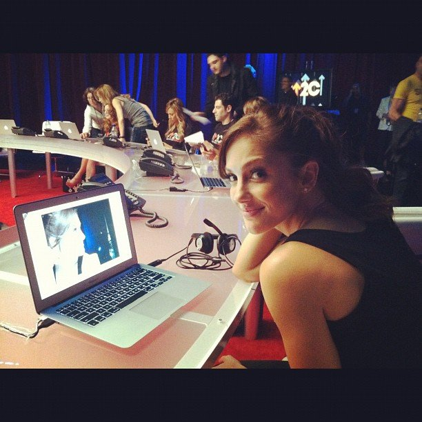 Minka Kelly manned the phone bank at this year's Step Up 2 Cancer telethon. Source: Instagram user minkak