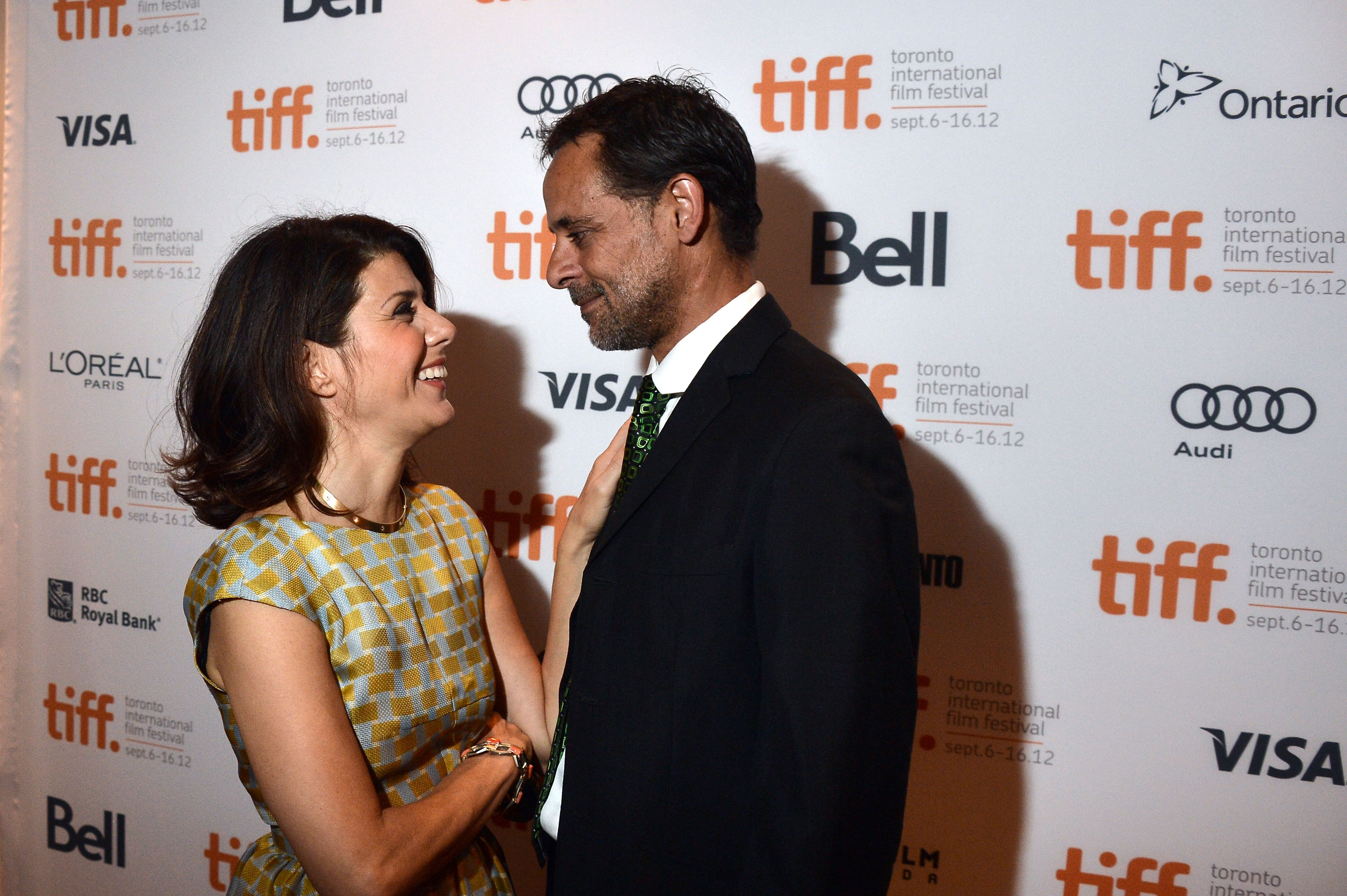 Marisa Tomei linked up with Alexander Siddig on the red ...
