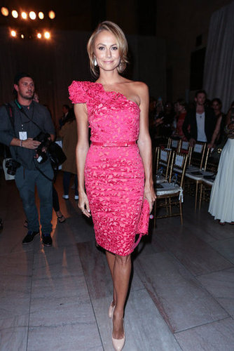 Stacy Keibler was stunning in a one-shouldered Marchesa sheath at the designer's Spring show.