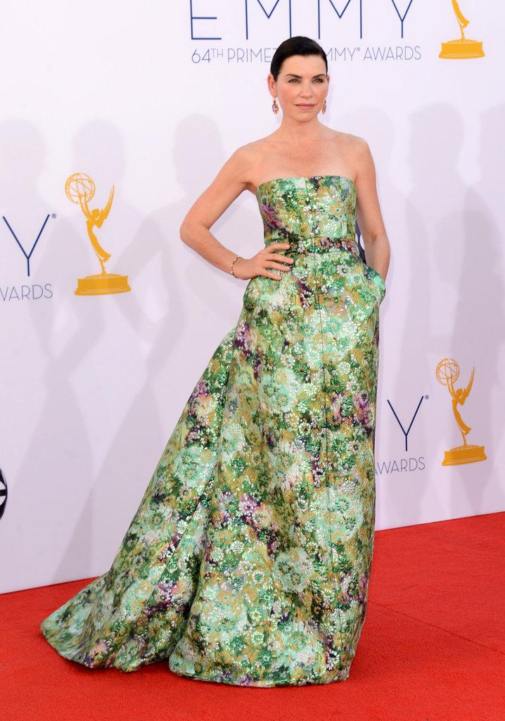 Julianna Margulies —mom to Kieran, 4 —embraced the season's print trend in an Armani Prive gown.
