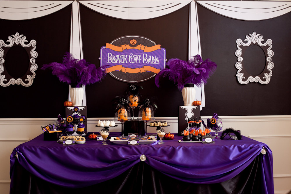 Black Cat Ball Dessert Table