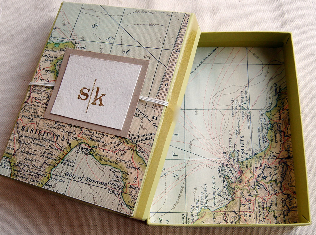Map gift box wrap