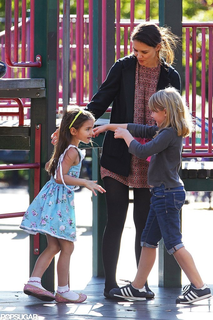 Katie Holmes accompanied Suri to a playground in Brooklyn.