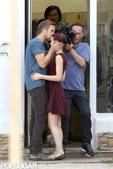 Ryan Gosling Kisses Rooney Mara For the Cameras