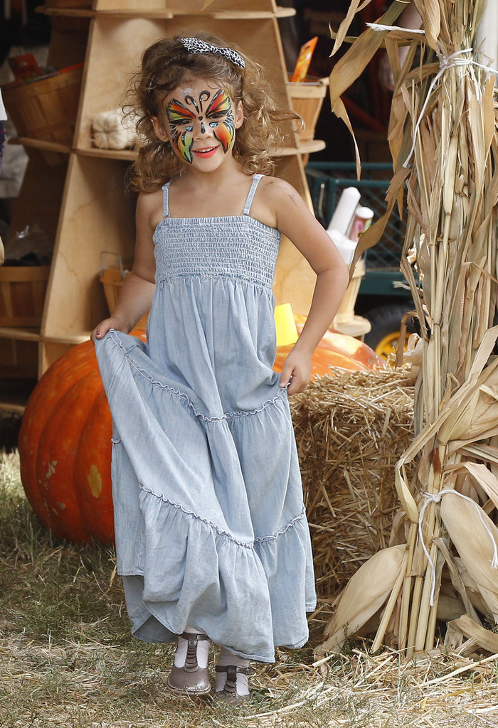 Honor Warren had her face painted at the pumpkin patch in LA.
