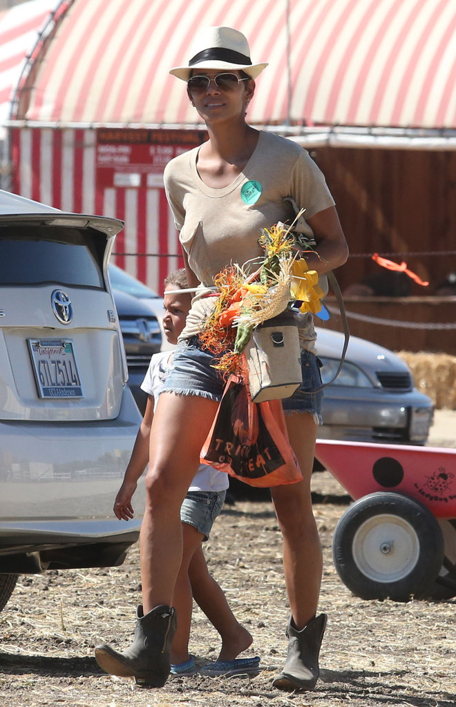 Halle Berry and Nahla Aubrey kept it casual as they arrived at a pumpkin patch.