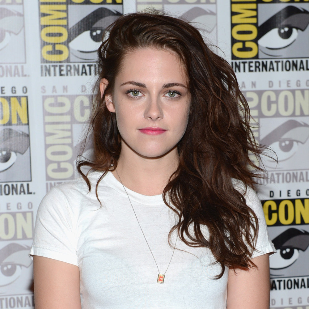 Kristen returns to her messy (and fabulous) roots in July 2012.