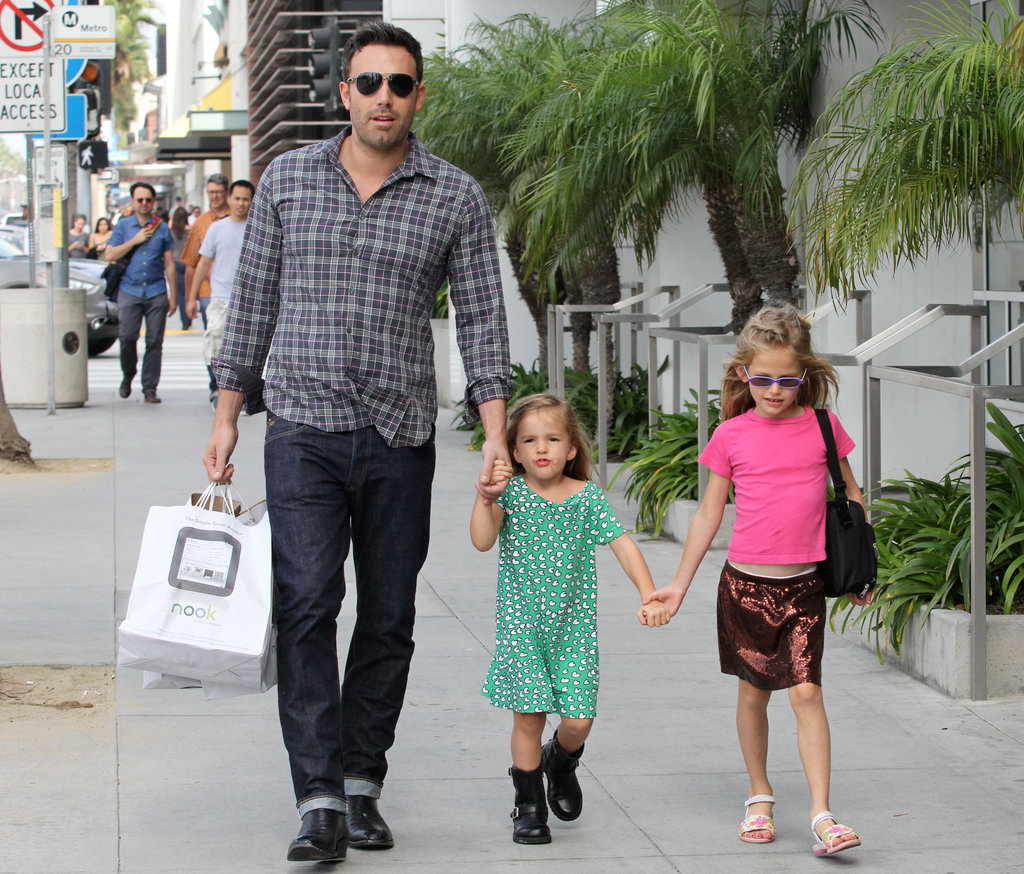 Ben Affleck took daughters Seraphina and Violet out for a stroll in Santa Monica on October 6.