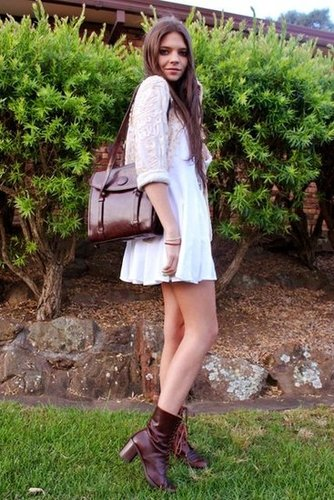 Give your LWD a Fall makeover with deep, oxblood accessories. Source: Lookbook.nu