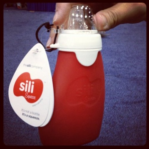 The Sili is a reusable alternative to the baby squeeze packet — made from silicone, it can be used with homemade baby food.