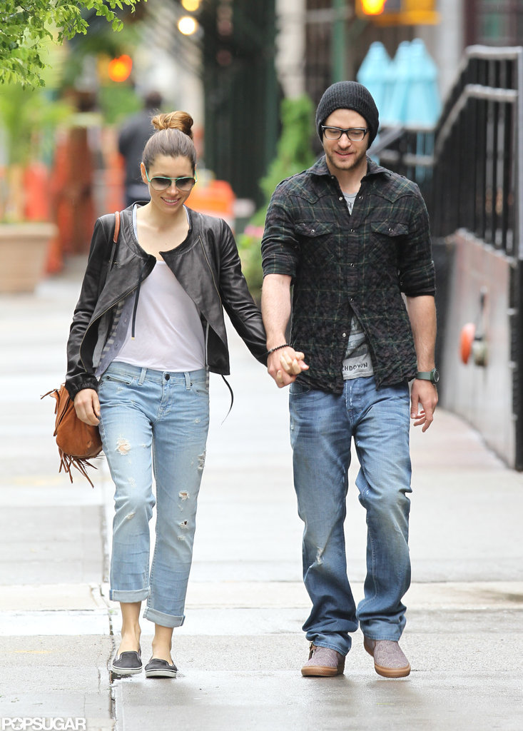Jessica and Justin walked around NYC together in May 2010.