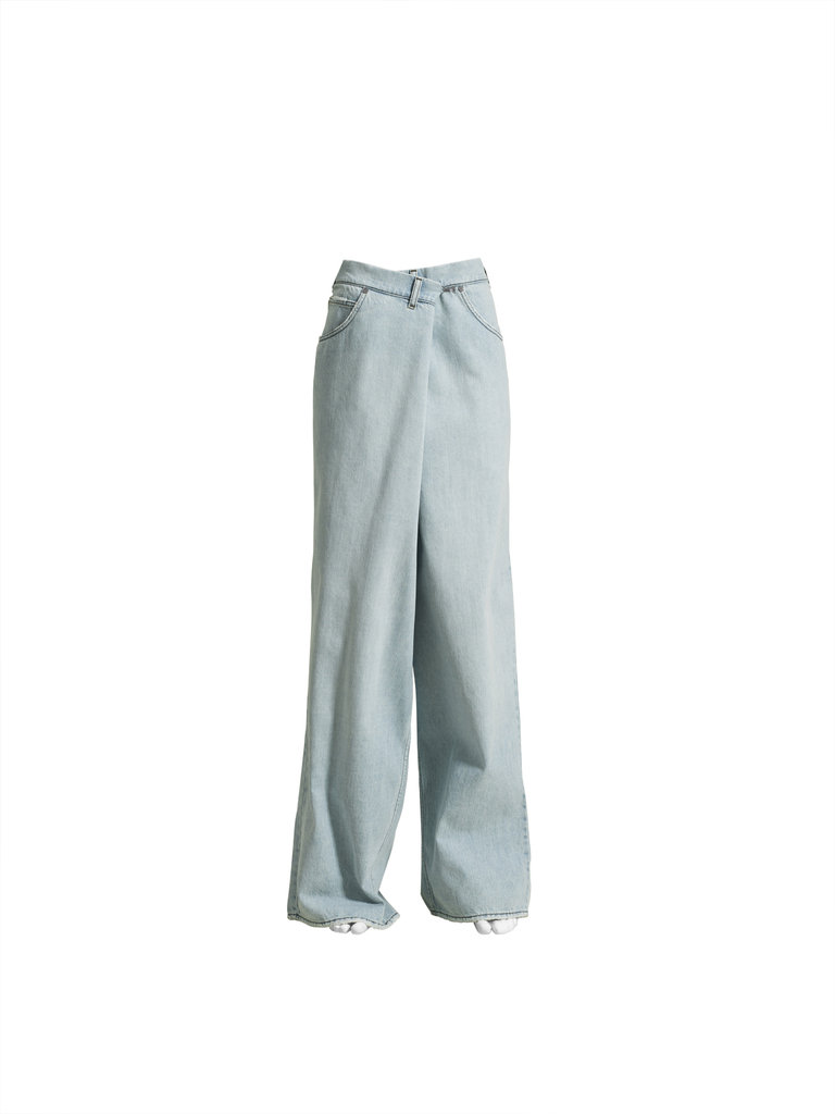 Oversize jeans ($70)