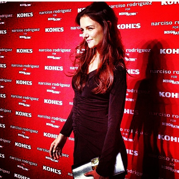 Katie Holmes looked stunning as usual in a body-conscious LBD.