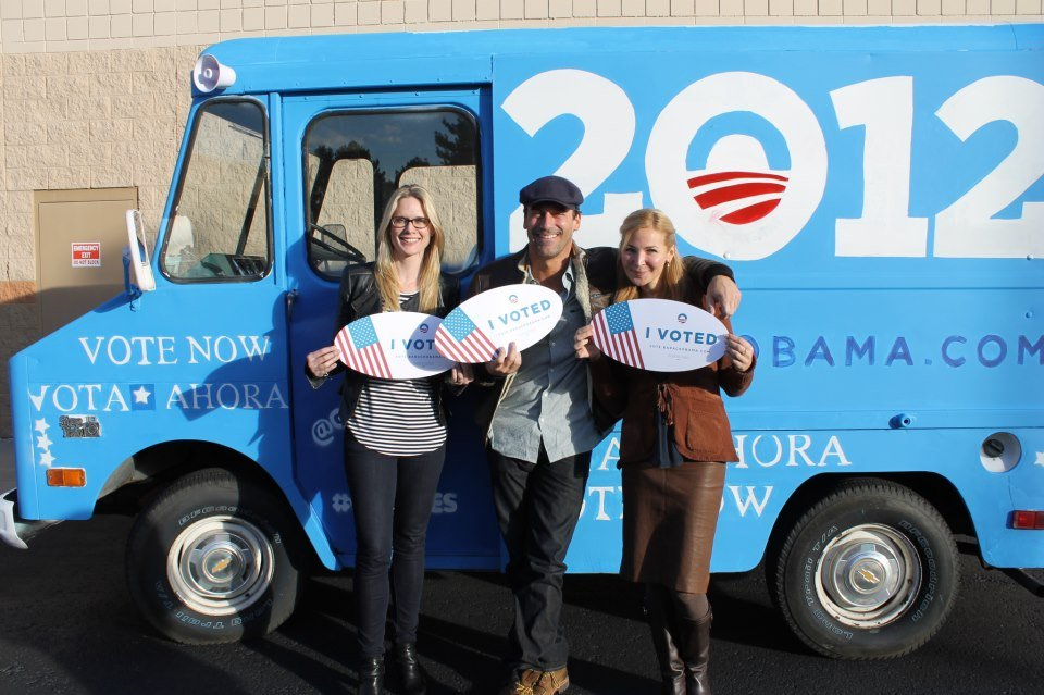 Jon Hamm, Jennifer Westfeldt and Stephanie March teamed up to talk up early voting in Colorado.  Source: Facebook user Obama For America
