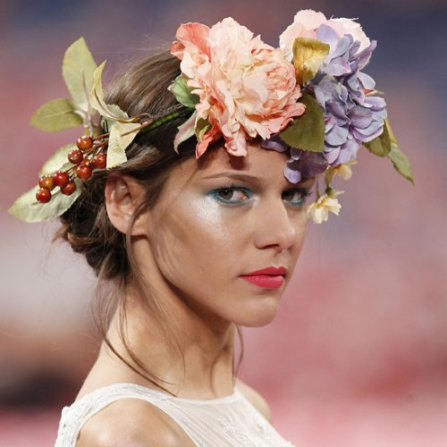 Beauty Ideas For Fall Weddings